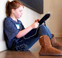 Your Kids Can Get Digital Eye Strain Too